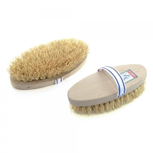 Umbria Equitation scrubbing brush with natural bristles